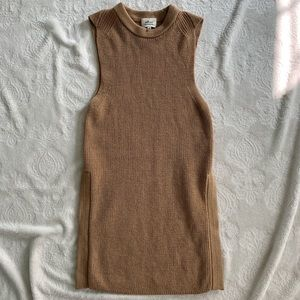 Wilfred Palmier Sweater - size medium